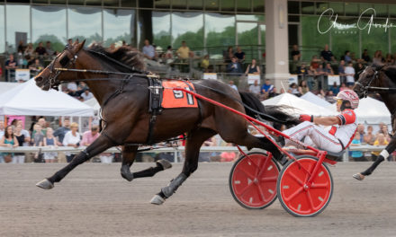 Kate's Massive wins $99,430 Currier & Ives